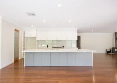 7MONT-kitchen3